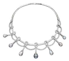 A PEARL AND DIAMOND NECKLACE,