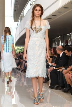 Tory Burch RTW Spring 2013 - Runway, Fashion Week, Reviews and Slideshows - WWD.com