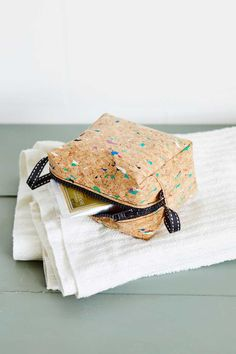 Card Case, Pouch, Purses, Sewing, Handmade, Diy Bags, Handbags, Dressmaking, Hand Made