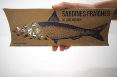 Fresh sardines packaging on Behance Frozen Seafood, Fresh Seafood, Food Packaging, Packaging Design, Fish Monger, Vegan Fish, Grilled Lobster, Seafood Market, Smoked Fish