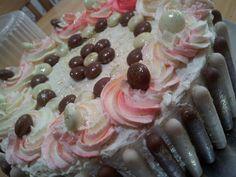 Ombre cream icing vanilla cake