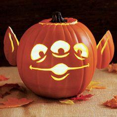 Toy Story Alien Halloween Pumpkin Carving!!!!!!!!!!