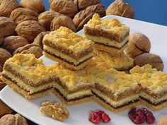 Druh receptu: Sladkosti - Page 7 of 330 - Mňamky-Recepty. Sweet Recipes, Cake Recipes, Sweets Cake, Food Cakes, Caramel, Sweet Tooth, Food And Drink, Cooking Recipes, Gem