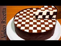 Torta a Scacchi - Chess Cake (con biscotti Oreo) - Video Ricetta Food Cakes, Cupcake Cakes, Oreo Cake Recipes, Cheesecake Recipes, Yummy Treats, Delicious Desserts, Chess Cake, Chocolate Oreo Cake, Patterned Cake