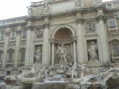 Fontana di Trevi ha sempre il suo grande fascino!!!
