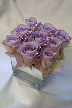 Mirror Cube with 'Memory Lane' Roses