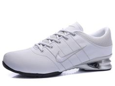 pretty nice aa9c3 dffc0 Chaussures Nike Shox R2 Blanc  Gris  Argent  nike 12130  - €46.86