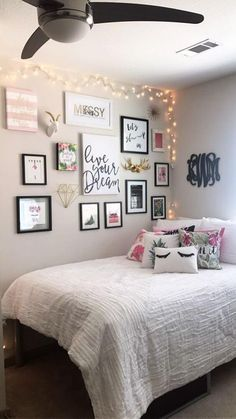 Cute Bedroom Ideas, Cute Room Decor, Room Ideas Bedroom, Girl Bedroom Designs, Teen Room Decor, Bedroom Bed, Bedroom Furniture, Design Bedroom, Simple Room Decoration
