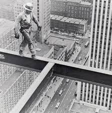 Resultado de imagem para photo of workers on skyscraper