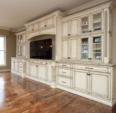 This is EXACTLY what I want in my living room- Gorgeous Built in Entertainment center