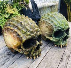 Skull Decor, Skull Art, Aztecas Art, Skullgirls, Human Skull, Bone Carving, Skull Jewelry, Halloween Skull, Skull And Bones