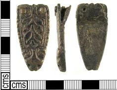 Dragonul getic de la capătul curelelor anglo-saxone: capăt de curea, aliaj cupru, Greater London, Marea Britanie, 800-900 e.n.