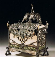"""""""La Parure"""" (the necklace) jewelry box by Philippe Wolfers. 1905"""