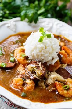 This delightful Seafood Gumbo is full of shrimp and crab and it has a nice spicy kick. This delightful Seafood Gumbo is full of shrimp and crab and it has a nice spicy kick. Creole Recipes, Cajun Recipes, Fish Recipes, Seafood Recipes, Gourmet Recipes, Cooking Recipes, Healthy Recipes, Gumbo Recipes, Haitian Recipes
