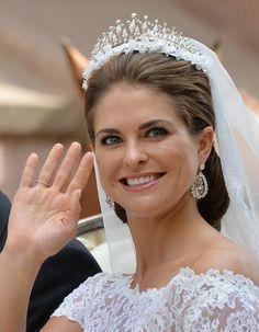 ELLE】スウェーデン・マデレーン王女の気品たっぷりロイヤル ... スウェーデン・マデレーン王女の気品たっぷりロイヤルウェディングメイク