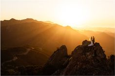 22 Sunset Wedding Photos That Prove Mother Nature Is The Best Backdrop