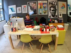 bradford shane shellhammer is fabs co founder and chief creative officer he has tons of cool stuff around his desk 700x525 Quick Look: The O...