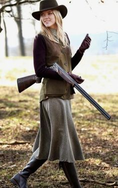 Get the look - Lady Gun Countryside Fashion, Country Fashion, Mode Country, Country Girls, Country Chic, Country Life, Estilo Cowgirl, Hunting Clothes, Hunting Outfits