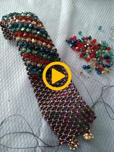 Kum boncuk bileklik – Salvabrani Sand Bead Bracelet – Salvabrani NEW Wire Wrapped Jewelry, Beaded Jewelry, Jewelry Bracelets, Beaded Bracelet Patterns, Beading Patterns, Beads And Wire, Beading Tutorials, Jewelry Crafts, Seed Beads