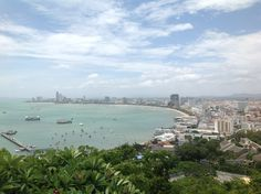 Real estate agents and property specialists, property for sale and rent in Pattaya. Thai Real Estate Pattaya to suit all budgets, from cheap condos to pool villa. Condos For Sale, Property For Sale, Vacation Apartments, Pattaya, Bangkok, Finance, Thailand, Villa, Real Estate