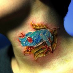 Tree Frog Tattoo - Top 30 Amazing Frog Design Ideas // May, 2020 Side Tattoos, Tattoos For Guys, Rattlesnake Tattoo, Tree Frog Tattoos, Bear Claw Tattoo, Amazing Frog, Tattoo Designs, Anklet Tattoos, Frog Design
