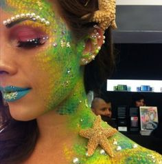 mermaid makeup sehr aufwendig