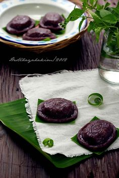 HESTI'S   KITCHEN : yummy for your tummy: Kue Ku Ketan Hitam