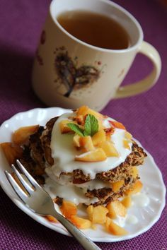 Almás-kókuszos zabpalacsinta | Thimmyke lakk-kuckója Pudding, Eggs, Breakfast, Desserts, Food, Morning Coffee, Tailgate Desserts, Deserts, Custard Pudding