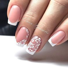 False nails have the advantage of offering a manicure worthy of the most advanced backstage and to hold longer than a simple nail polish. The problem is how to remove them without damaging your nails. Bridal Nails Designs, Wedding Nails Design, Gel Nail Designs, Nail Manicure, Diy Nails, Crome Nails, Nagel Gel, Beautiful Nail Designs, Nail Decorations