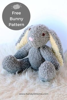 Jun 2019 - Make a floppy eared Easter bunny to share with your little ones this Easter! This bunny pattern is for any advanced beginner knitters. Teddy Bear Patterns Free, Knitting Dolls Free Patterns, Knitted Dolls Free, Knitted Bunnies, Knitted Teddy Bear, Knitted Cat, Christmas Knitting Patterns, Knitted Animals, Baby Knitting Patterns