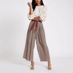 b2c1ed306f8 Brown print wide leg belted trousers Wide Pants Outfit