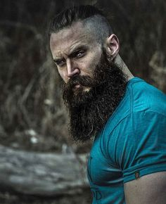 This man is everything. Beard Game, Epic Beard, Great Beards, Awesome Beards, Barba Grande, Hair And Beard Styles, Long Hair Styles, Moustaches, Long Beards