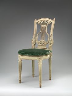 18th century French Side chair at the Metropolitan Museum of Art, New York