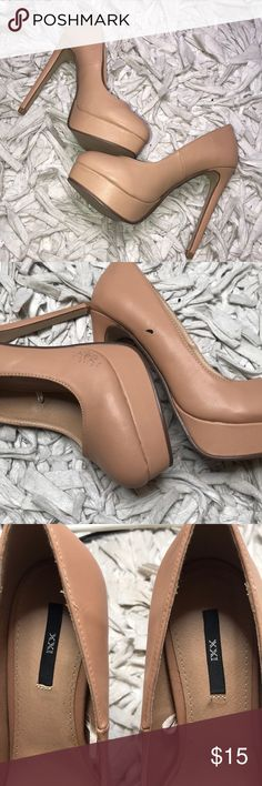 Forever 21 Nude Platform Pumps Super cute and new Forever 21 Nude platform pumps! Has manufacturer flaws as seen in photos but no other major flaws, rips or stains. Kept in a smoke and pet free environment. Accepting all reasonable offers Forever 21 Shoes Heels