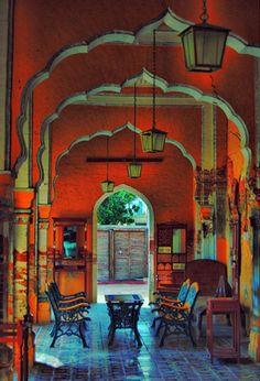 Arches in Pakistan picturesque-portals