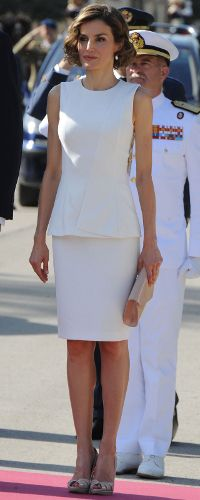 7 Jul 2015 - Queen Letzia and King Felipe welcome the President of Peru to Spain. Click to read more