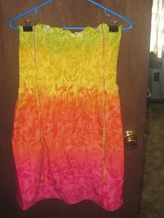 Ladies XL 36 to 43 inch chest Funky Flower Power stretch tube top halter dress