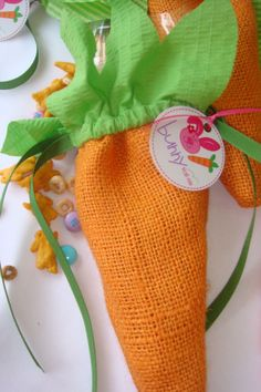 Bunny Trail Mix, Burlap Carrot Bag, Adorable Lauren McKinsey Tag! #stylishkidsparties
