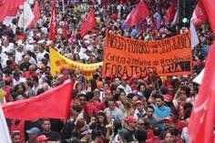 Principais telejornais cerceiam voz dos manifestantes que ocuparam as ruas e focam cobertura nos problemas gerados pelas paralisações de trabalhadores