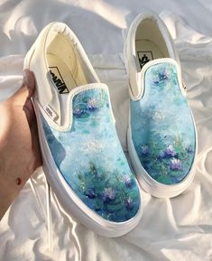 wayyyy too many people have reposted my art here so i thought i should do it too because well i painted this haha Custom Vans Shoes, Custom Painted Shoes, Painted Canvas Shoes, Painted Sneakers, Painted Vans, Hand Painted Shoes, Vans Shoes Fashion, Vanz, Shoe Art