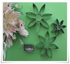 A South African supplier of silicone moulds/mold,biscuit cutters,flower cutters, cake decorating accessories, stencils and veiners Decorating Tools, Cake Decorating, Bride Flowers, Decorative Accessories, Silicone Molds, Stencils, Projects To Try, Floral, Flowers