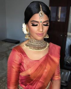 When told me she just wanted a handful of white roses tucked behind the one side of her ears I knew I'd be in love with… Indian Wedding Receptions, Hindu Wedding Ceremony, Tamil Wedding, Wedding Mandap, Wedding Stage, Saree Wedding, Wedding Vendors, Civil Ceremony, Punjabi Wedding