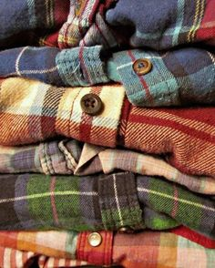 flanel shirts  Source: http://sororitystylista.com/kaylafinn/fall-flannel/  I'm really into flannel shirts, they're very soft and comfy to wear, and are great for autumn clothing