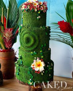 Many of you asked and I answered!  Happy to announce I'll be teaching my #TeFiti inspired #cake in a live, in-person class at the @showmesweetsshow in St. Louis, Missouri this October!! Want to learn the secrets to create this beauty?  Come join me!  For more info go to link in comments.  #moana #moanacake #moanabirthdayparty #moanaparty #cakestagram #cakeshow #cakesofinstagram