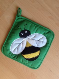 Bee potholder to match..for the Shamshadin Honey and Berry Festival August 17th, 2014 in Berd.