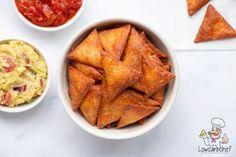 Deze koolhydraatarme tortilla chips is koolhydraatarm, glutenvrij en keto proof. Je kunt ze serveren als snack met een dip of verwerken in een gerecht. #koolhydraatarm #keto #chips Low Carb Recipes, Healthy Recipes, Tortilla Chips, Lchf, Sugar Free, Sweet Potato, Good Food, Paleo, Diet