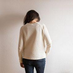 #lindensweatshirt #naniiro #lindenlove #3viewsoflinden @grainlinestudio @sewingmamasproject3viewsoflinden,lindenlove,lindensweatshirt,naniiropilar_bear