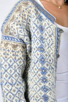 kofte - Google-søk Vintage Knitting, Lace Knitting, Knit Crochet, Crochet Granny, Knitting Socks, Fair Isles, Knit Stranded, Fair Isle Knitting, Norwegian Knitting