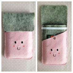 Felt iPhone case (kawaii)