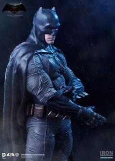 Estátua Batman - Batman Vs Superman Dawn Of Justice - Art Scale 1/10 - 20 cm - Iron Studios   Comic Store Brasil